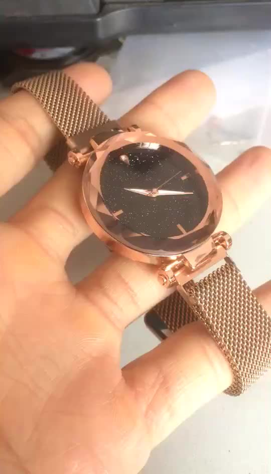 Feminino Crystal Female Magnetic Buckle Women Ladies Watches Wristwatch Alloy Watches