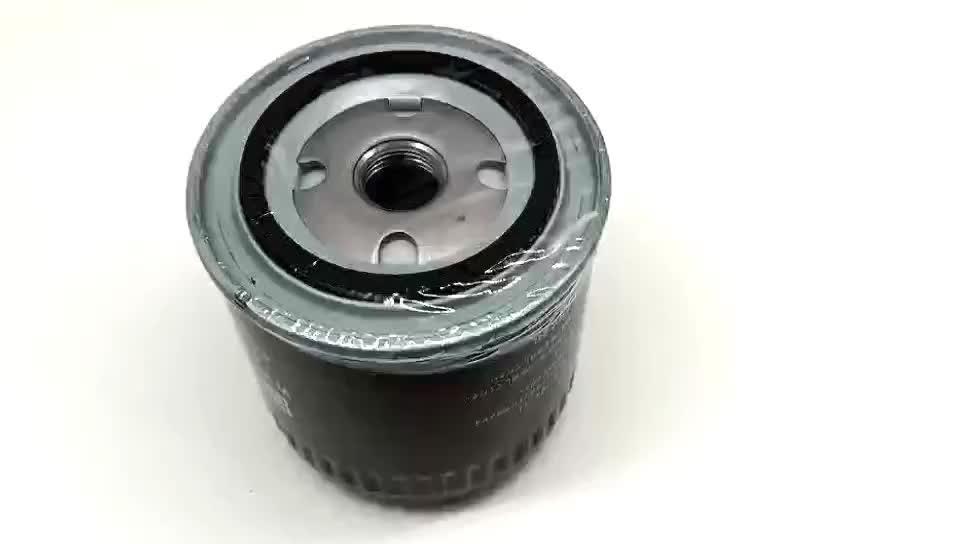 Fabrika fiyat OEM motor tertibatı için NP300 Pickup 15208-BN30A otomobil parçaları eleman motor yağ filtresi araba