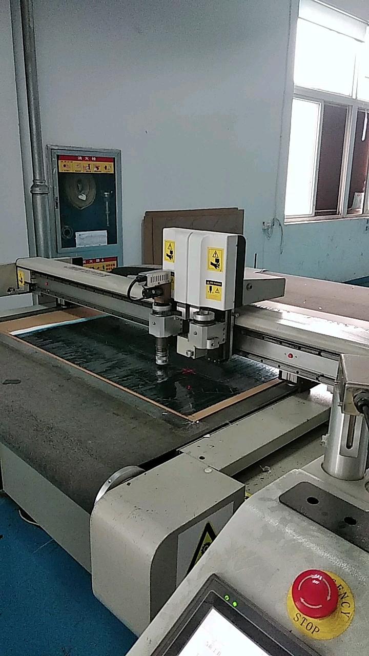 factory customized anti-UV 3k twill plain carbon fiber license plate frame