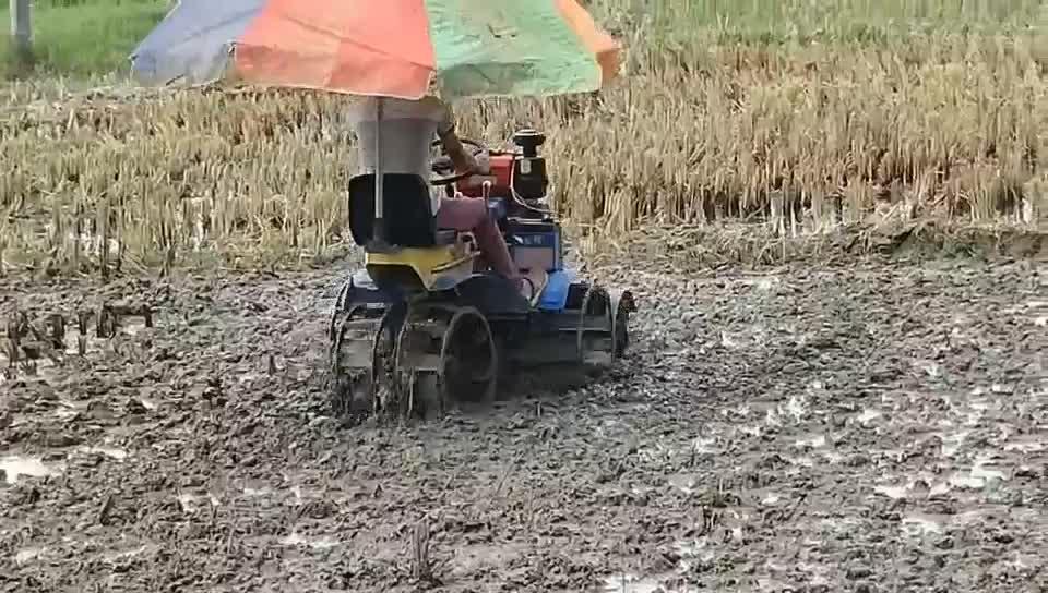 Venda quente mini arroz paddy campo cultivador Tiller tiller Motor Movido A diesel