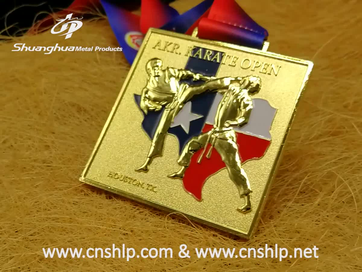 Exclusive customization factory cheap custom enamel 3d bronze  karate metal medals