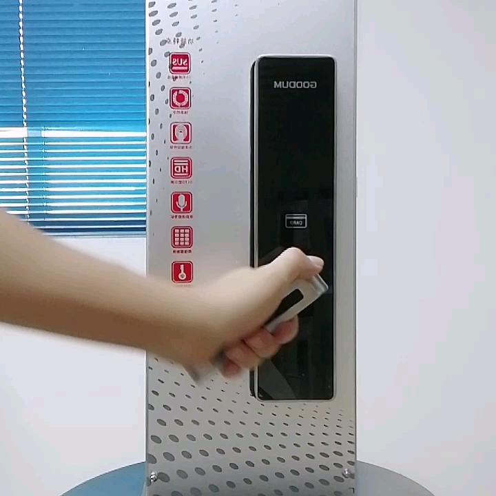 ระบบ RFID + รหัสผ่าน + ลายนิ้วมือ + wifi app + key แห่งชาติ combination ANTI-THEFT mortise กระบอก core