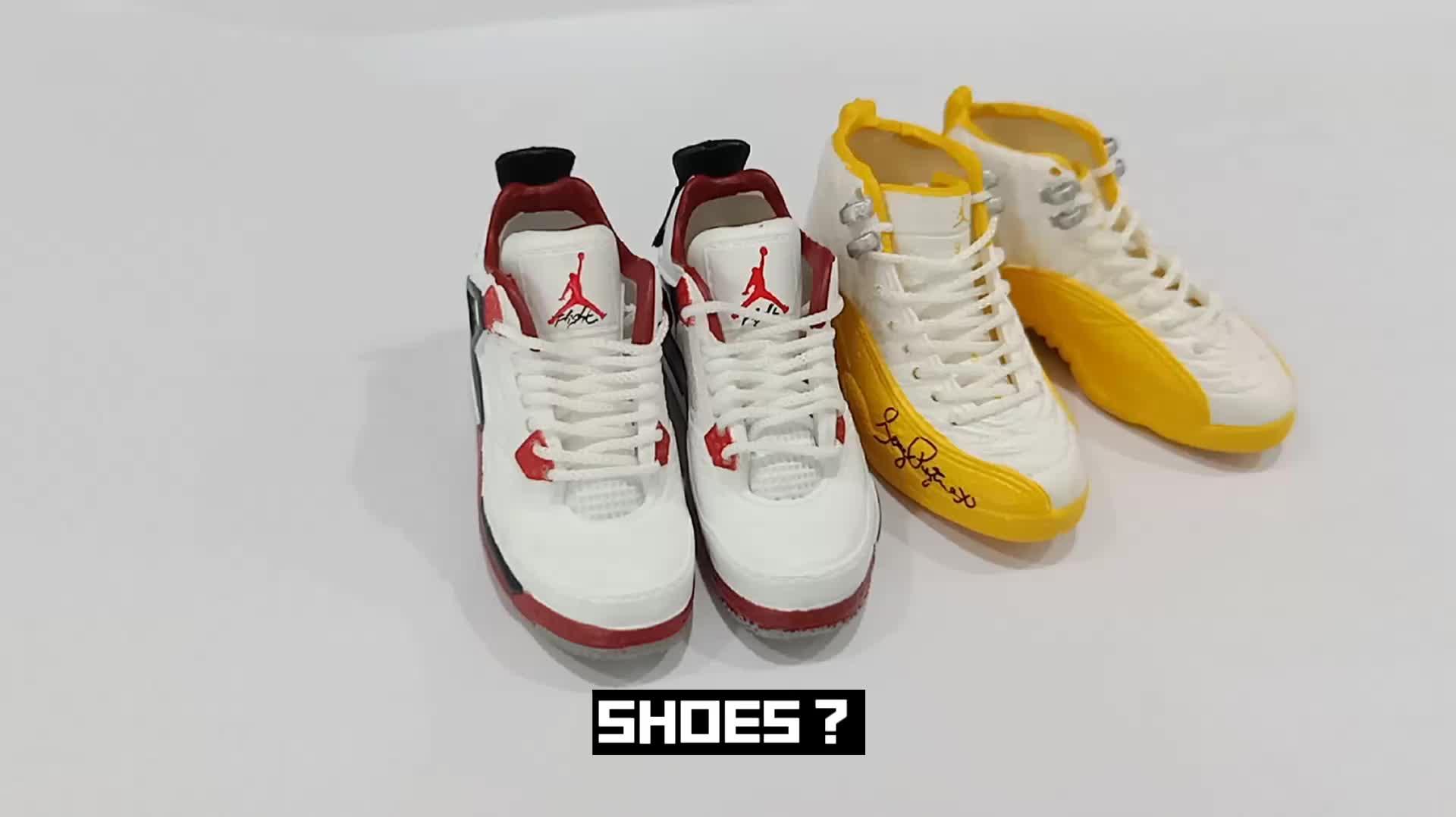 Modern  handmade 3D mini model sneaker key chain