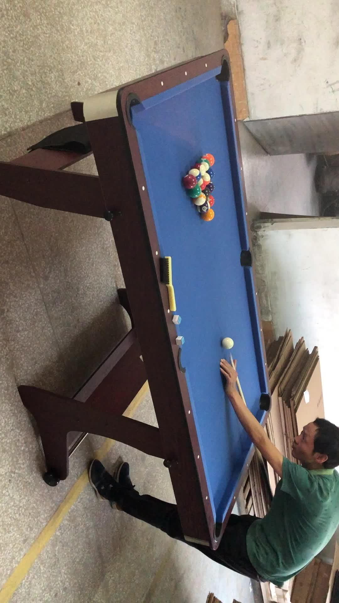ครอบครัวใช้สระว่ายน้ำพับได้ตาราง 6FT พับสนุ๊กเกอร์บิลเลียดเกม