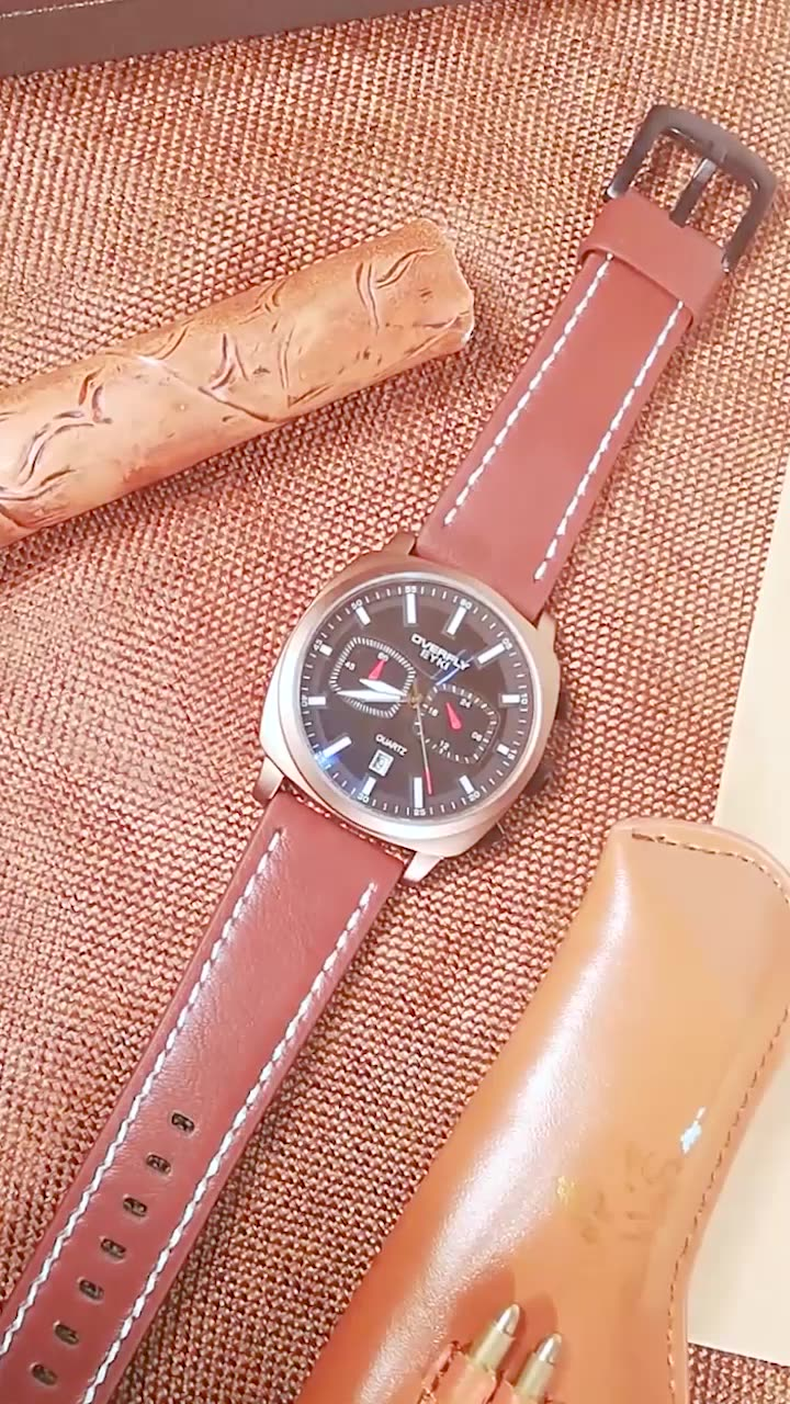 Round Alloy Case Chronograph Waterproof Genuine Leather Geneva Sport Watch