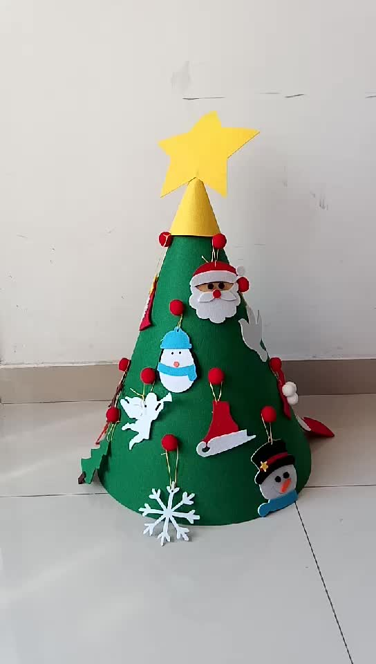 รู้สึกว่าการตกแต่งคริสมาสต์ 3D รู้สึกว่าต้นคริสต์มาสด้วยเครื่องประดับ