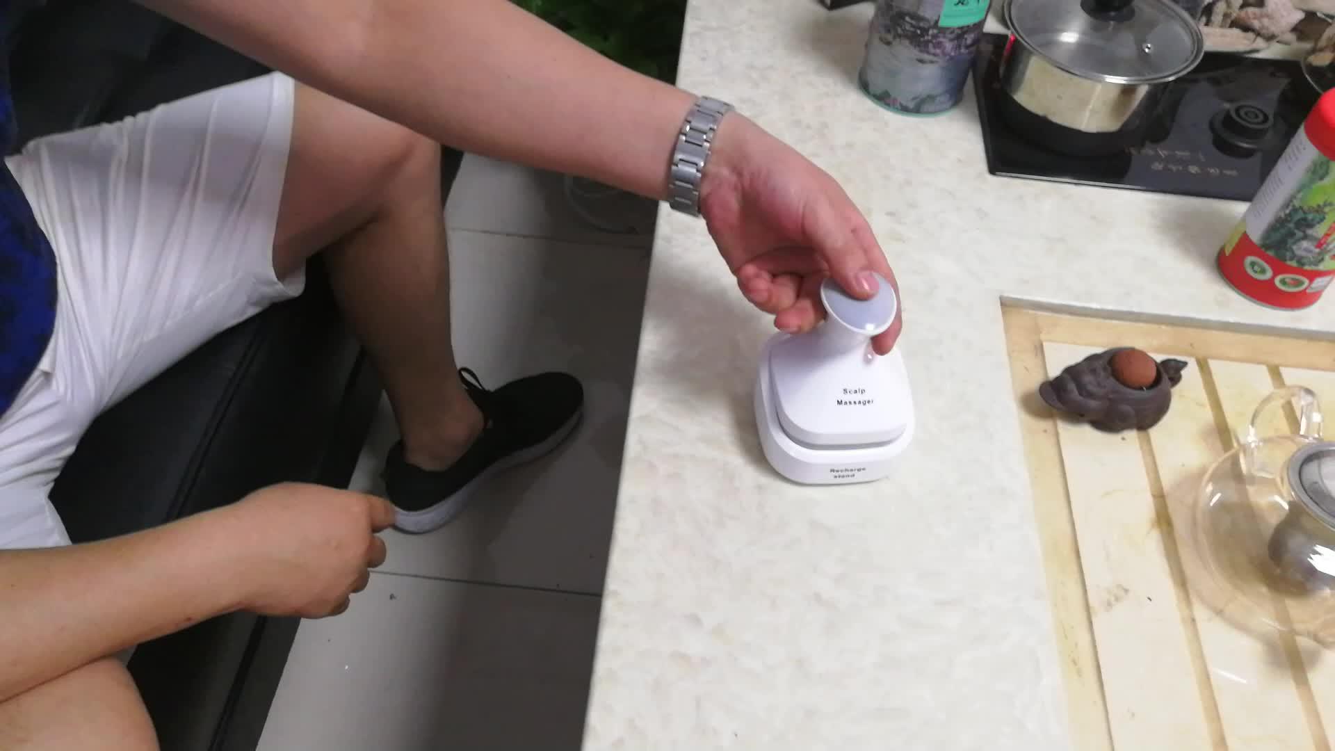Misida Skin Friendly SiliconGel Disassemble and Washable Multi-directional Rotation 10 Min Auto Shutdown Kneading Head Massager