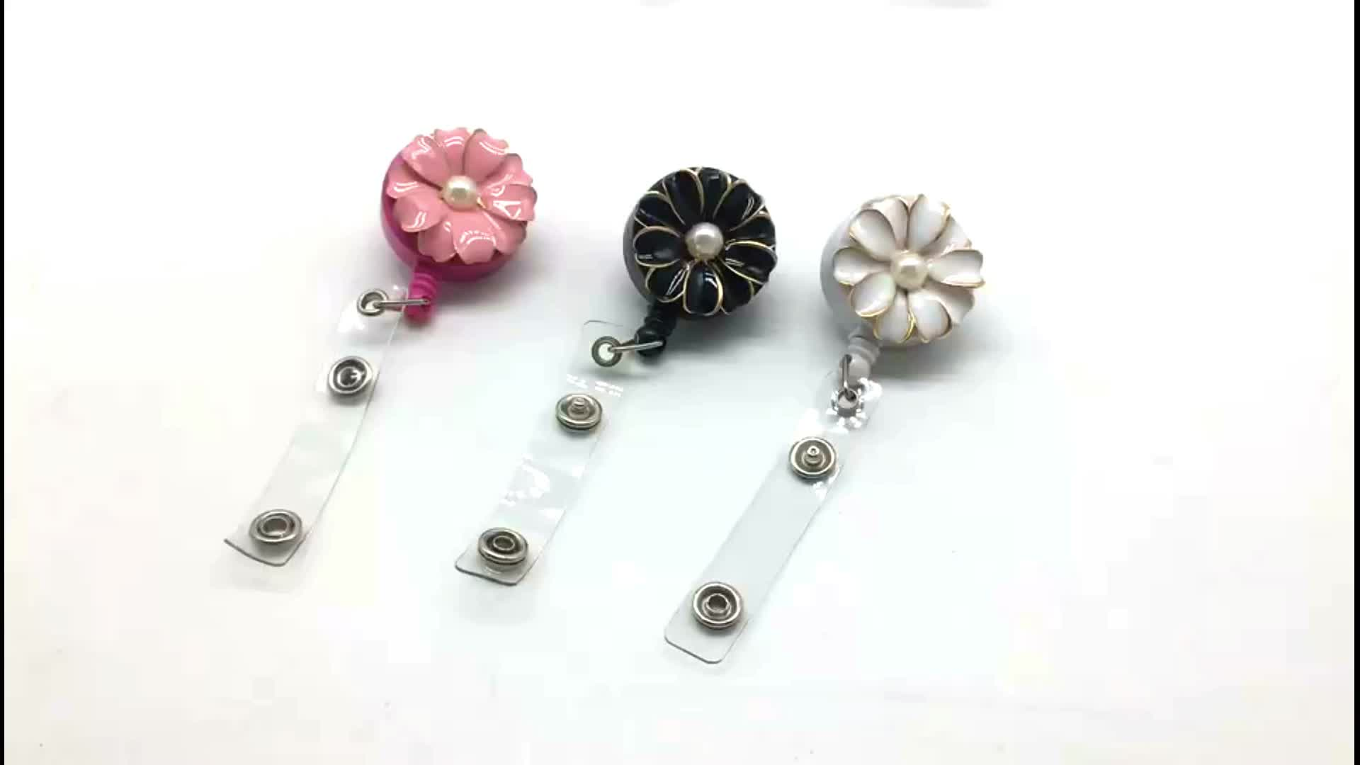 Fashion Retractable Badge Reel With Pearl For Business Card Office Lanyard