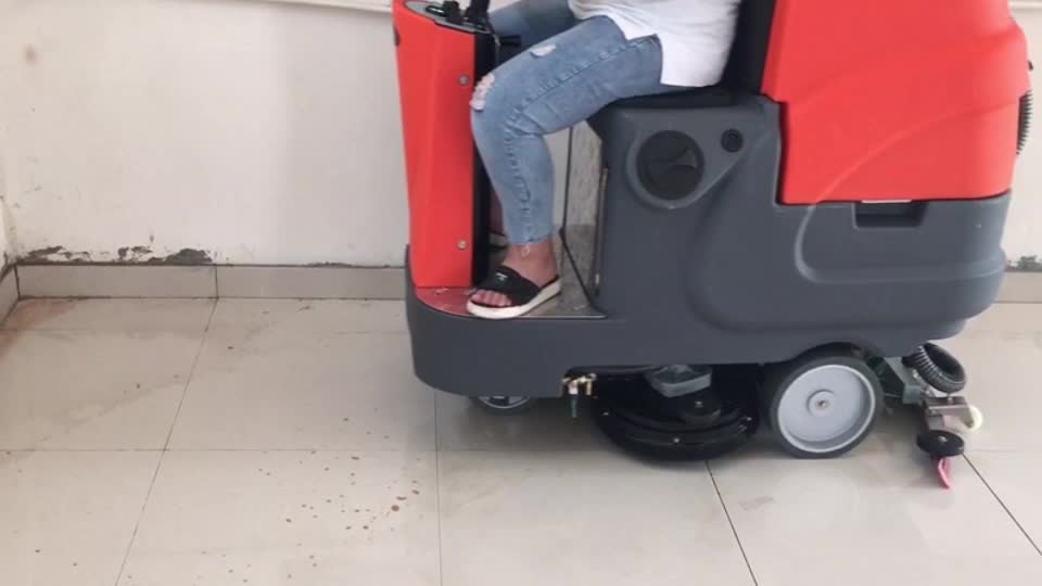 RD660 ride on floor scrubber with dual brush and big size tank