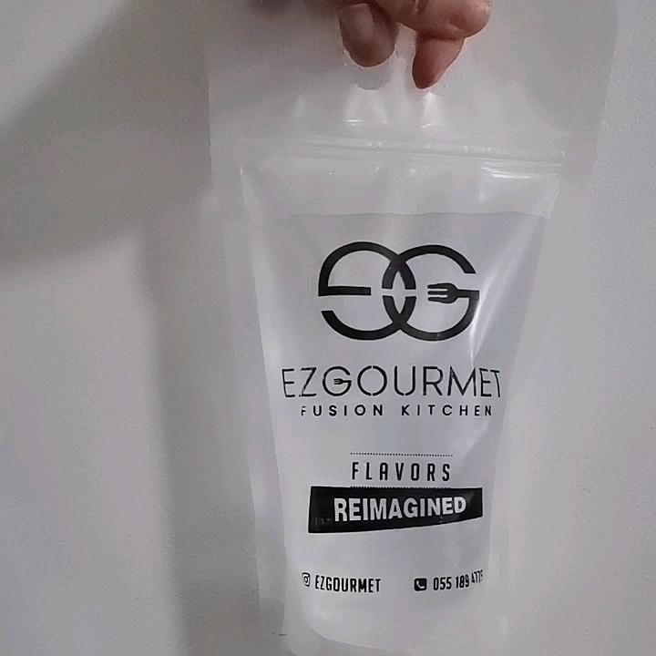 Suyu mühürlü içecek torbalar yeniden kapatılabilir el düzenlenen fermuar plastik içme çanta plastik hasır