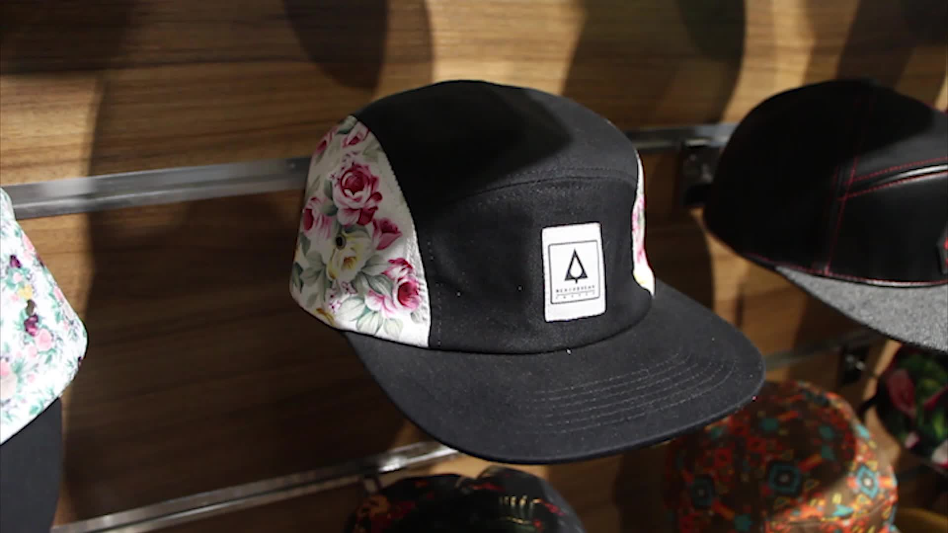 Groothandel Beige custom logo corduroy 5 panel camper hoed