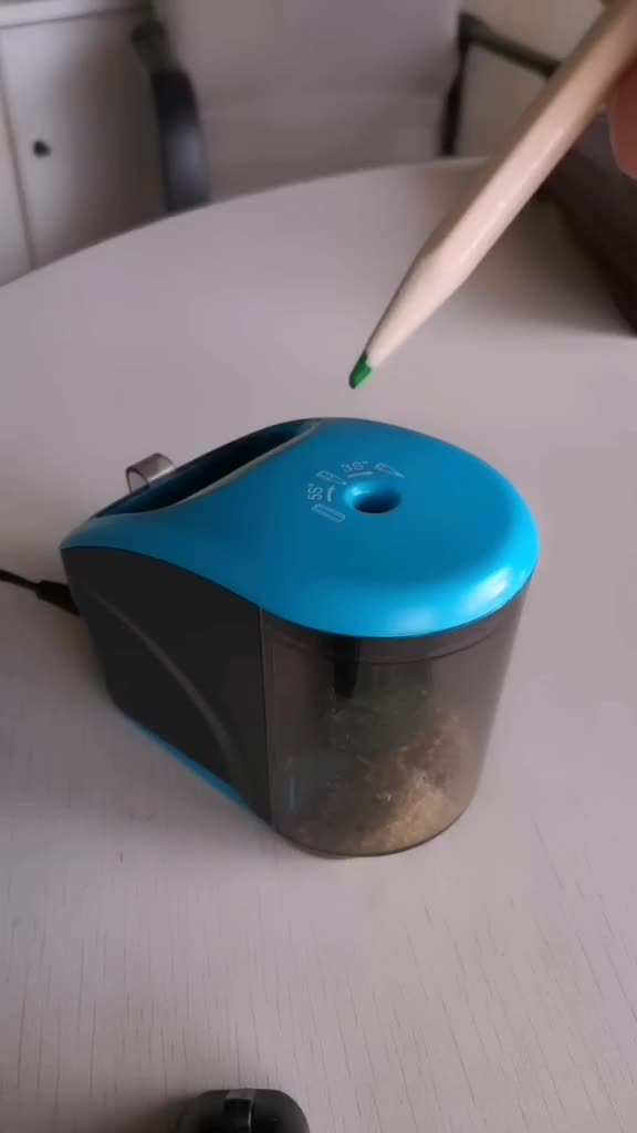 JD3016 Helical Blade Electric Pencil Sharpener  for school
