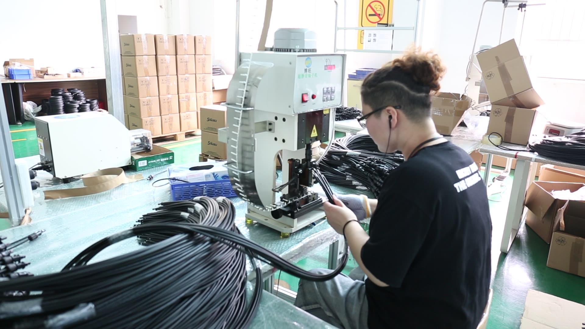 4.0mm2 En50618 H1z2z2-K 1500V Black Solar PV Cable