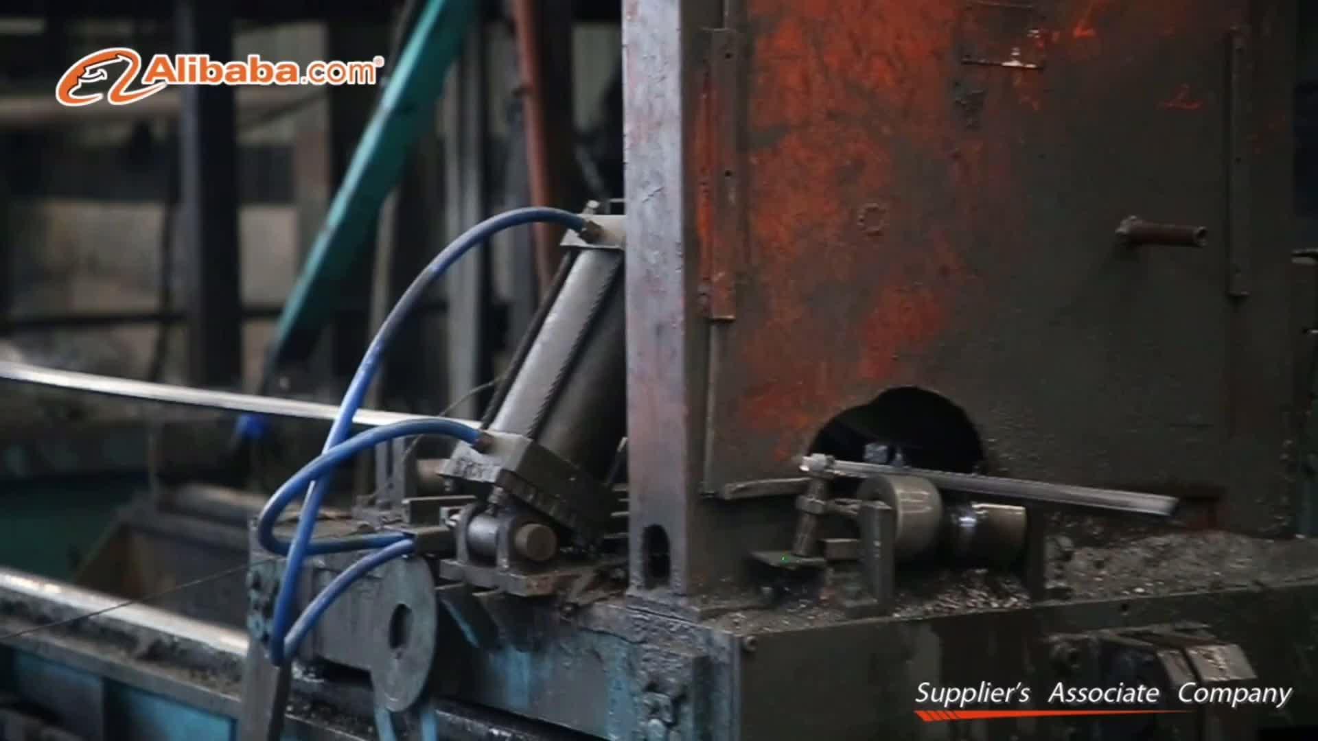 Porte de tube carré de fer gi tuyaux en acier usine directement prix inférieur