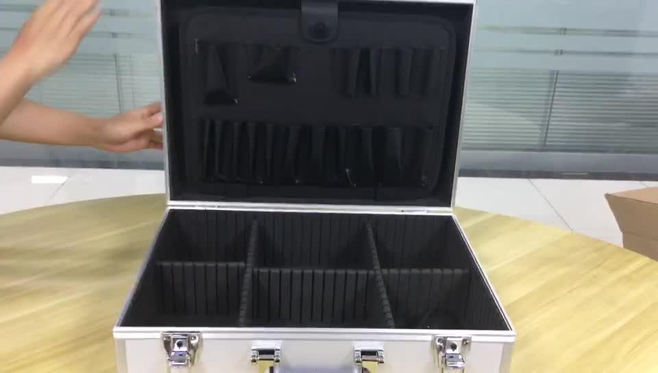 45.5cm x 33cm x 15.5cm Silver Lockable Handy Aluminum Tool Case