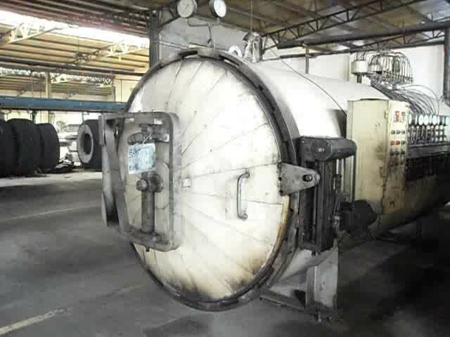 Full set of used tire retreading machine / cold tire vulcanizing equipment for truck tires