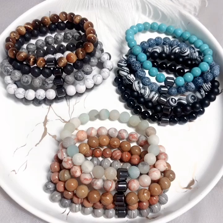 CLARMER Hot Selling Wholesale Custom 8mm Magnet Charm Beads Stretch Natural Stone Lava Bead Bracelet For Couple