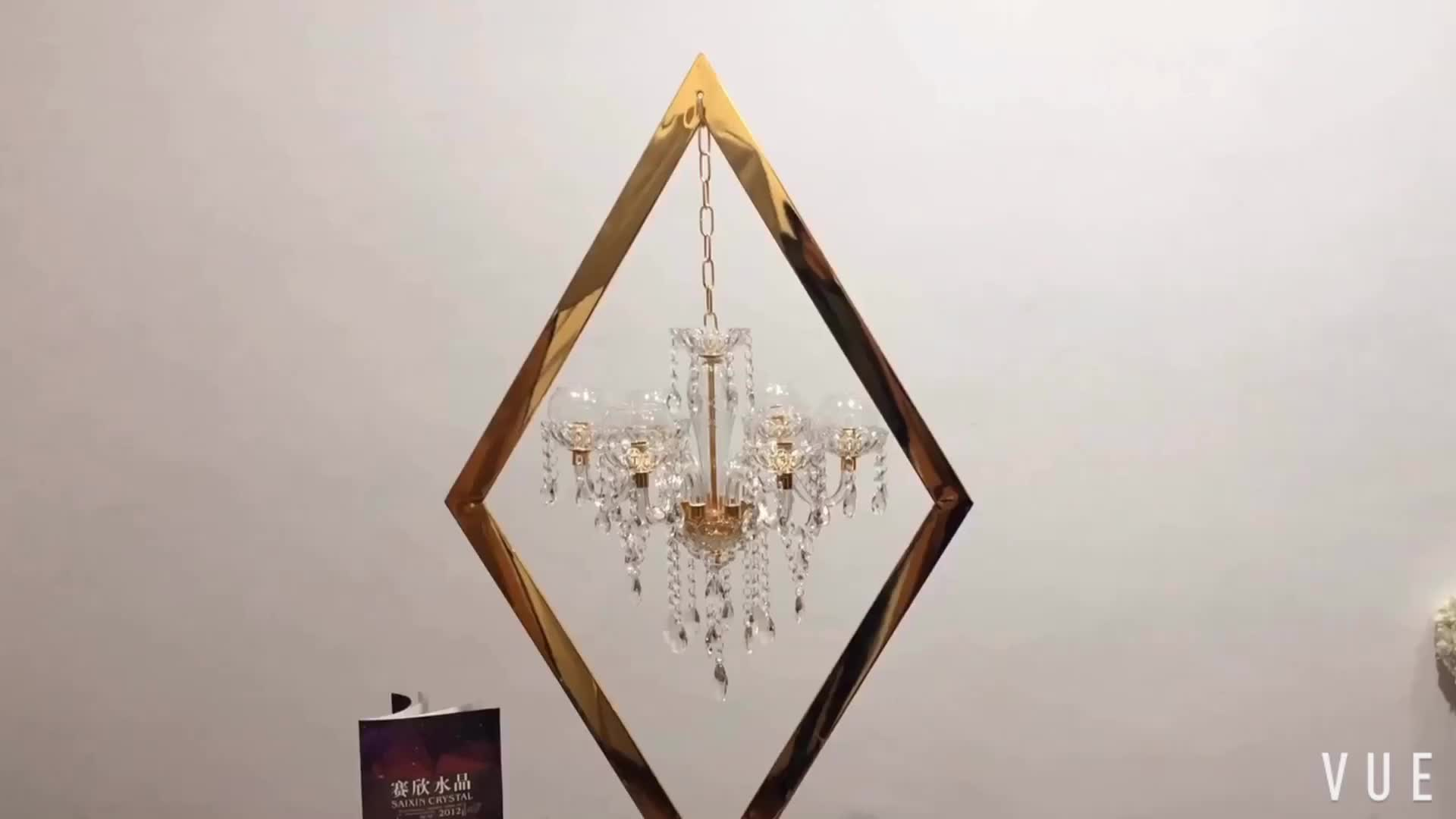ZT-407 New Gold stand with Hanging Crystal candles holder for wedding table top centerpiece
