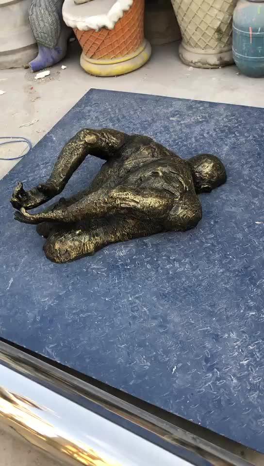 Indoor parede homem de fibra de vidro em tamanho natural art deco bronze escultura estátua matteo pugliese BSG-276 escultura para venda