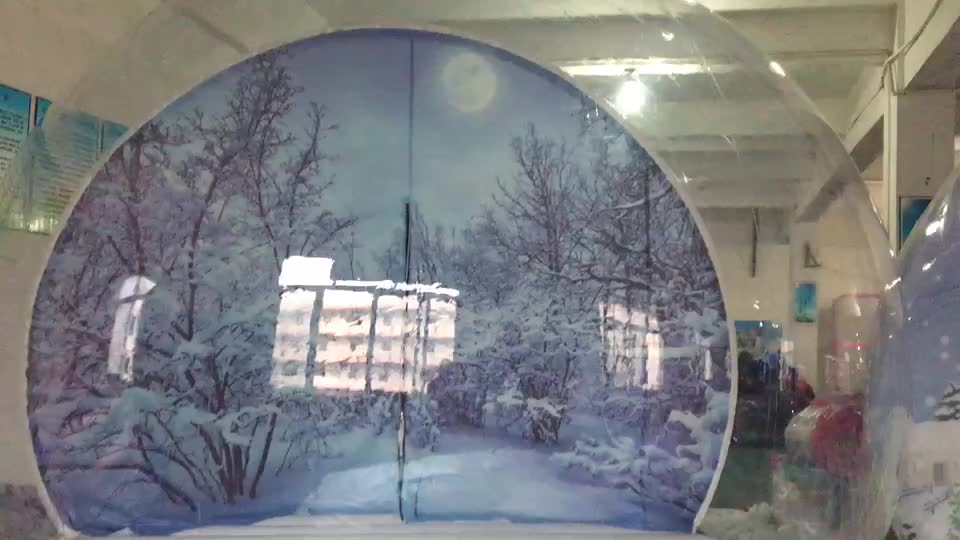 Different Size Human Inside Bubble Tent Christmas Decoration Snow Ball Penguin Inflatable Snow Globe