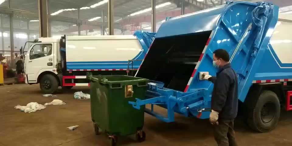 4 wheels dumpster with pedal recycle dustbin 660