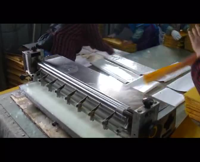 1m Hot Melt  Desktop Manual Under Side Gluing Machine