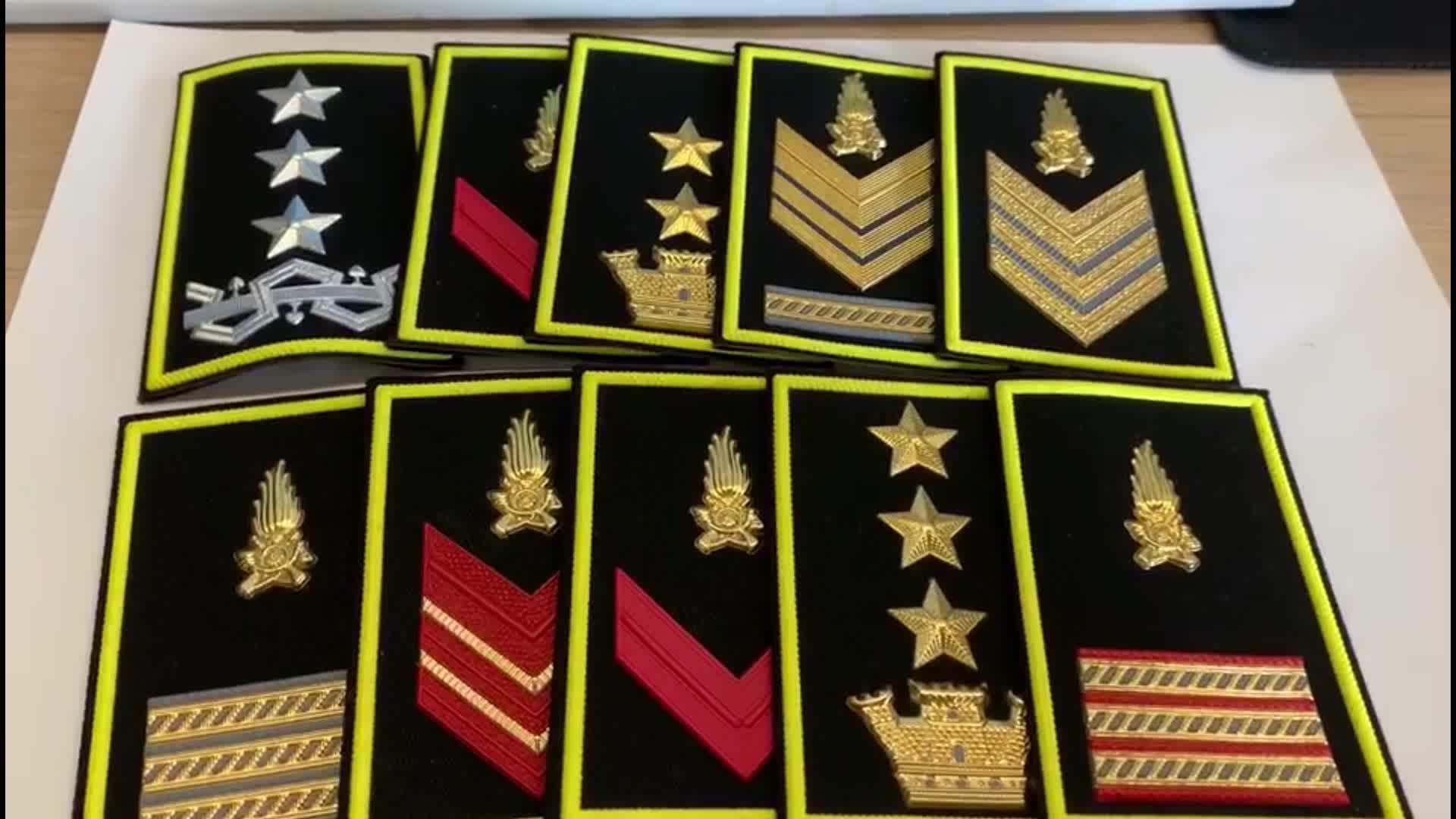 Di alta Qualità Spallina Rank Spalla Schede Custom Pilota Distintivo Della Spalla Spallina Africa Indiano Uniforme Militare Dell'esercito di Accessori
