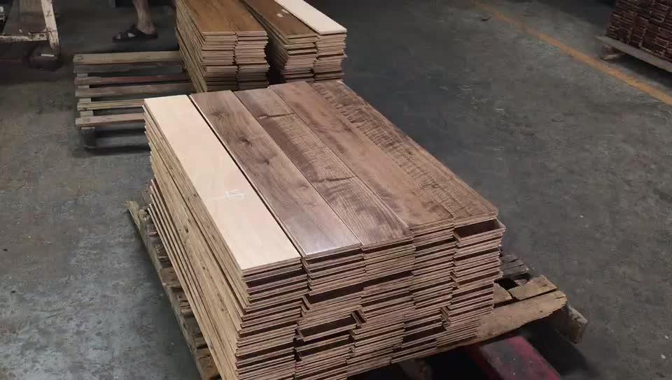 บาสเกตบอล Maple ทำจากไม้เนื้อแข็ง court Smooth maple ไม้