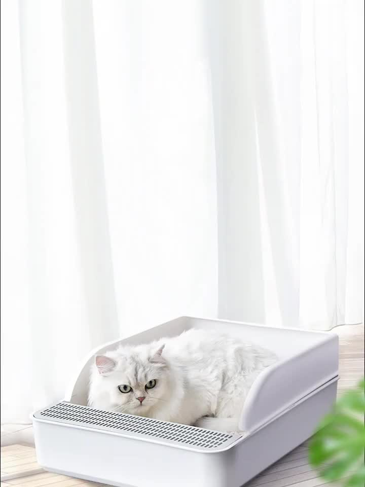 Morecute Pet Manufacturer New Design Eco-friendly Cat Litter Box  with free scoop green plastic easy cleaning