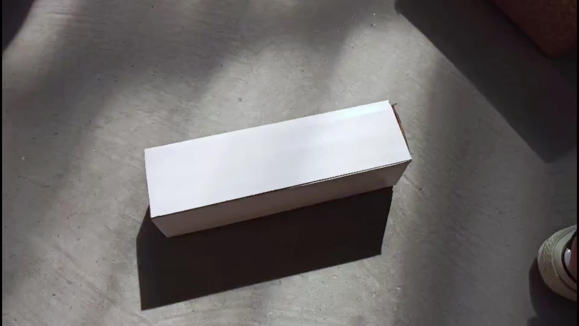 Горячая продажа 18/8 нержавеющая сталь Спортивная бутылка для воды 750 мл Изолированная узкая колба для рта