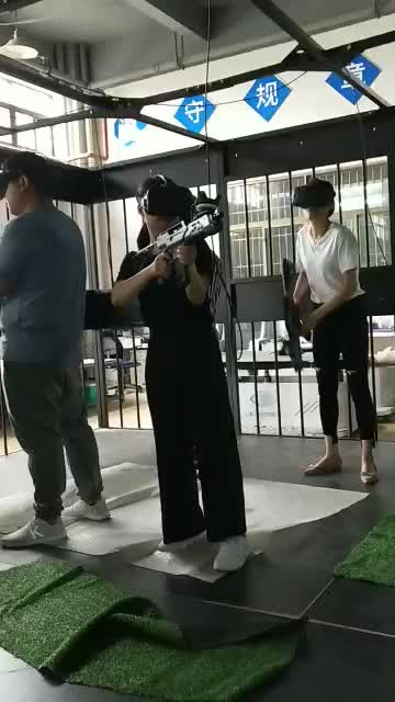 Newest Team Work 4 Person VR Virtual Reality Multiplayer Shooting Games