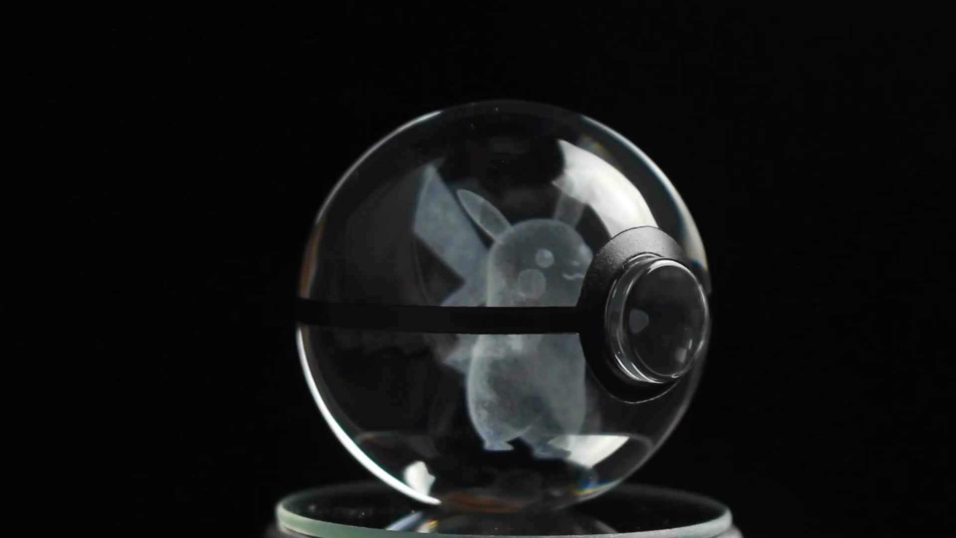 Gota-transporte Crianças Presentes 3D Laser Pokemon Personalizado Bola De Vidro de Cristal Com Base de Led