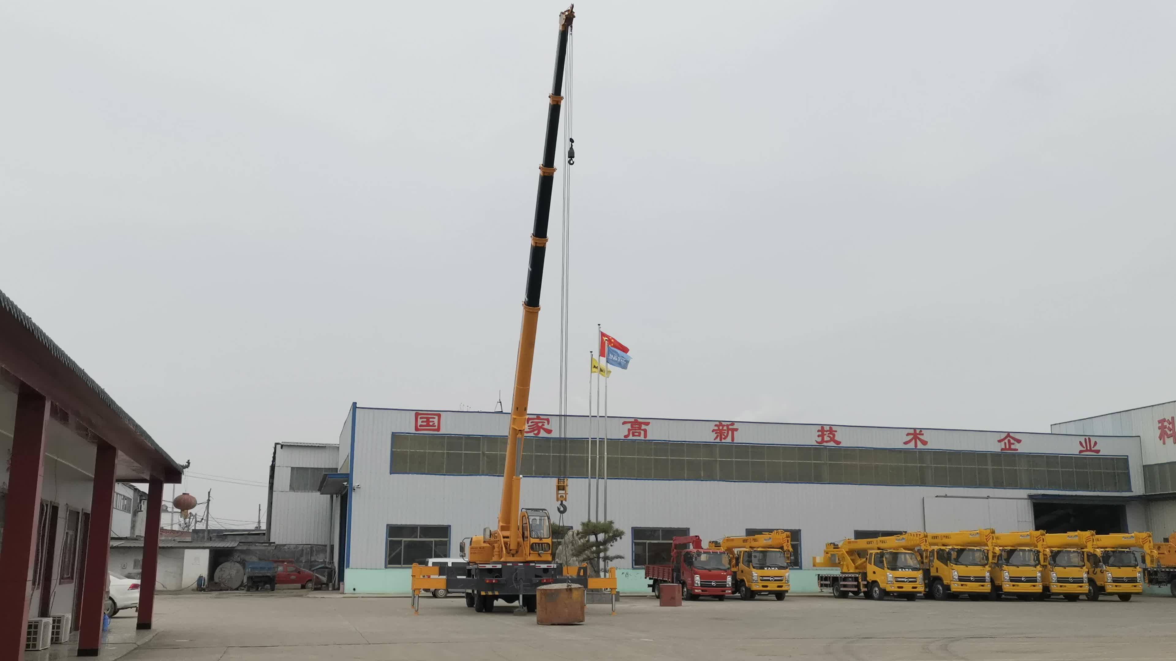 Promoção este mês 10 ton knuckle boom truck grua móvel