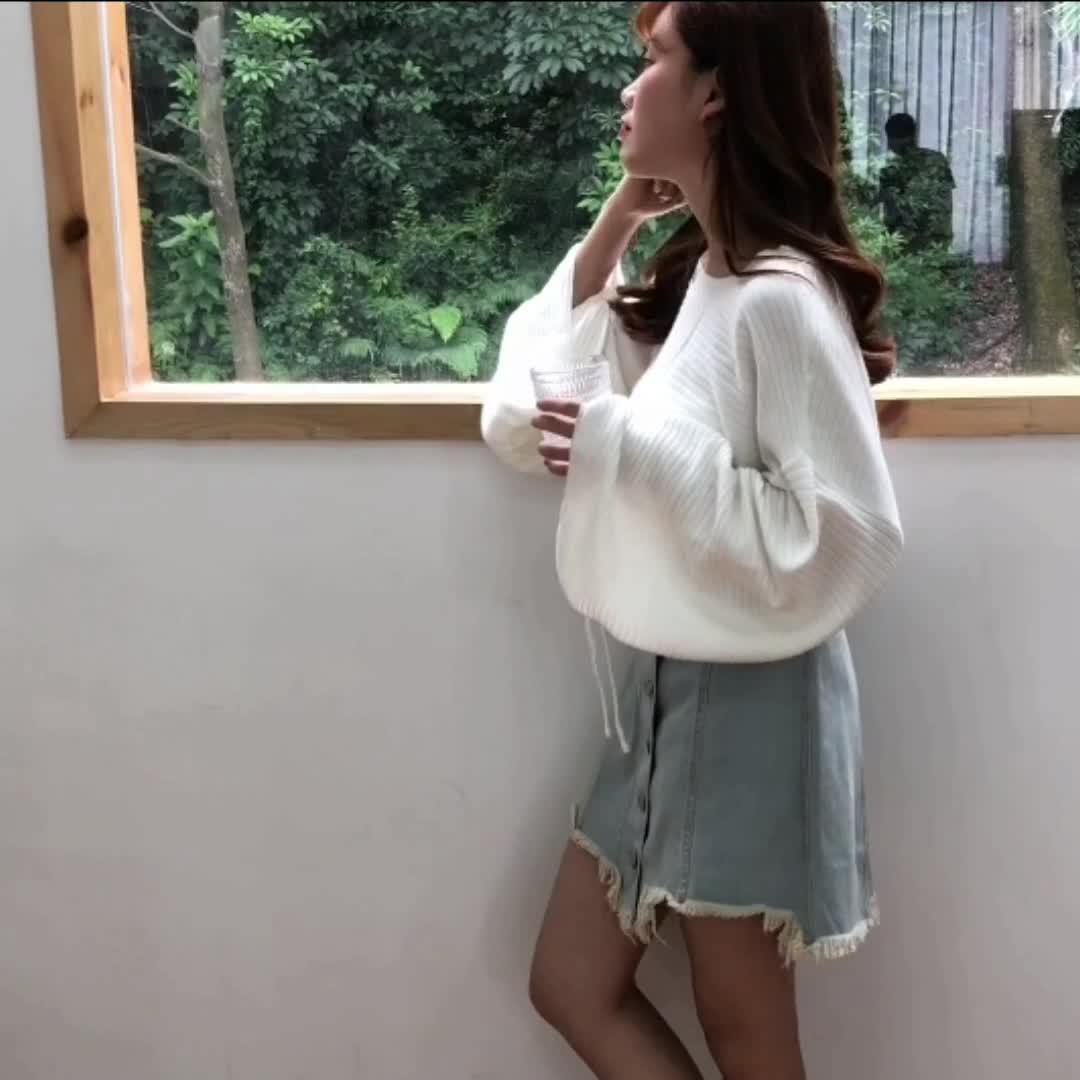 2018秋季女装宽松套头针织衫纯色喇叭袖抽绳学生圆领打底衫16516