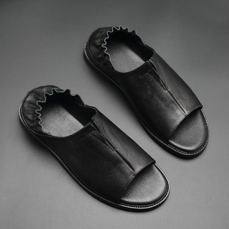 Dép da nam 2019 mới mùa hè lớp đầu tiên giày thủy triều Giày đi biển thoáng khí chống trơn trượt mềm mại - Sandal