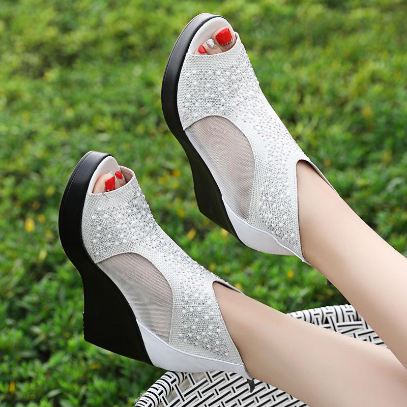 鱼嘴鞋女女鞋2020新款春夏季高跟鞋坡跟厚底镂空网纱凉鞋水钻凉靴