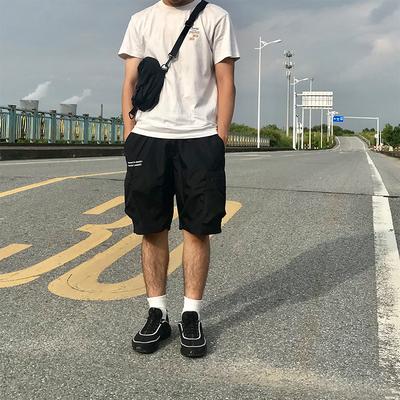 废克赛文|Unusual initiatoR18SS国潮牌口袋男女情侣宽松工装短裤