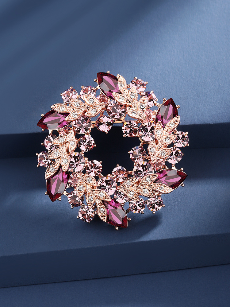 Brooch high-end women's luxury temperament suit corsage accessories atmospheric pin 2021 new trend Mother's Day gift