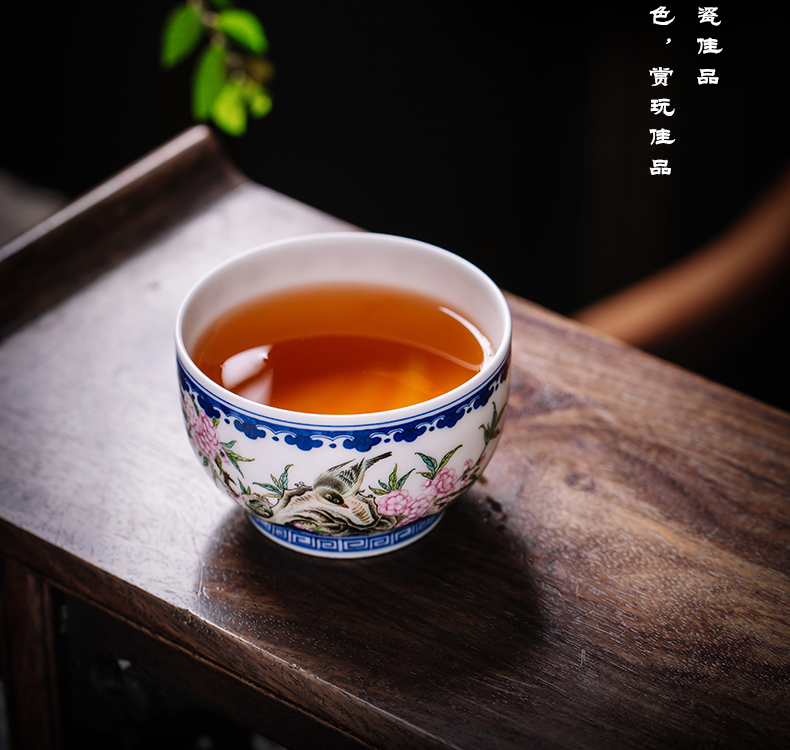 Owl up jingdezhen blue and white master all hand tea cup cup lotus peach colored enamel painting of flowers and birds to the CPU