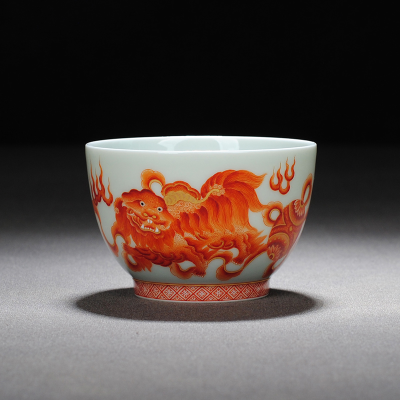 【 7.5 】 jingdezhen pure manual hand - made heavy industry alum red lion master sample tea cup