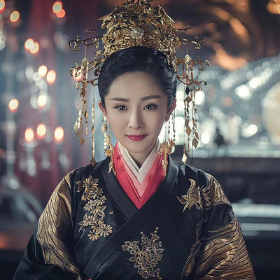 Chinese bride's headdress trembles and rocks the queen's wedding Phoenix crown, hairdress and wedding antique Xiuhe dress headdress