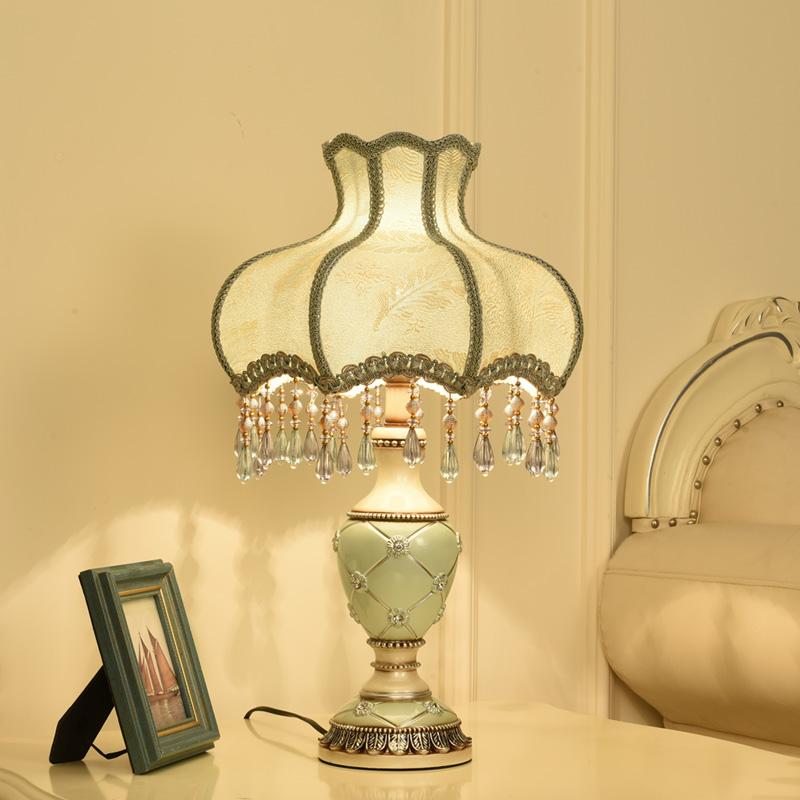 欧式亮度轻奢卧室插电式装饰家用遥控调节台灯温馨浪漫喂奶床头灯