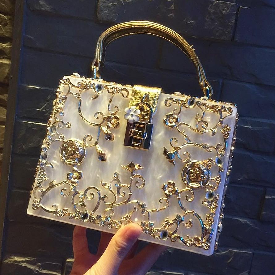 2018新款复古盒子包锁头箱子手提包镂空雕花镶钻亚克力晚宴包女包