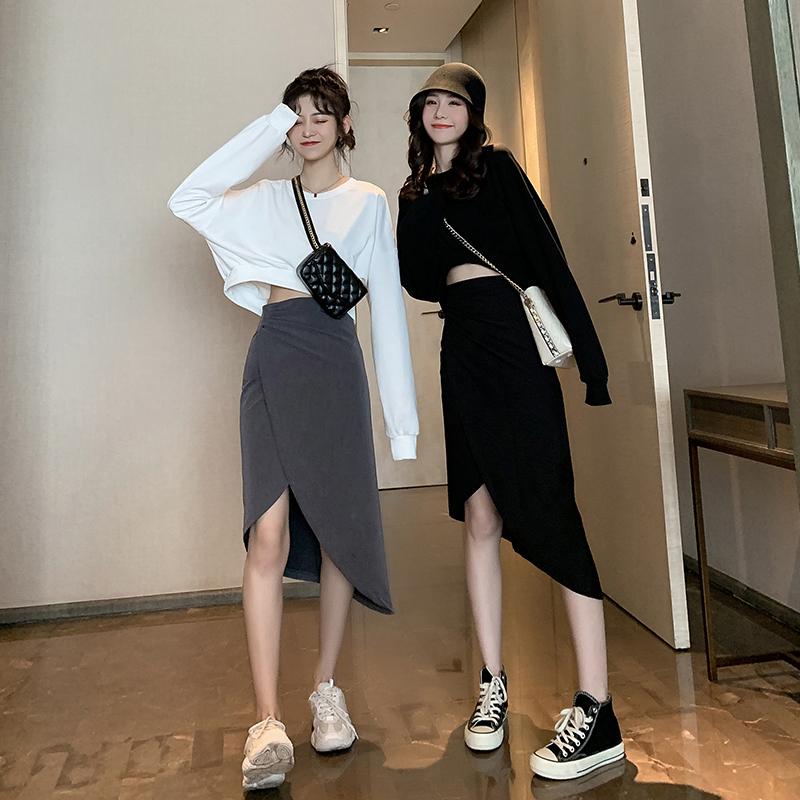 早秋季2019新款露腰卫衣裙子女套装宽松不规则包臀半身件套两短款