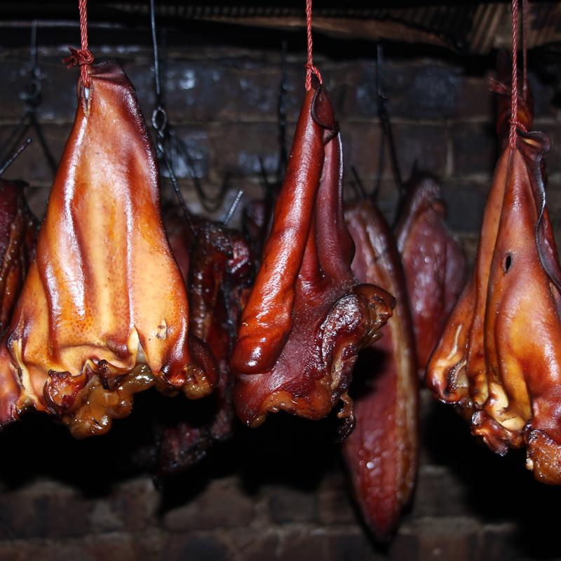 腊猪腊肉肉四川农家耳朵烟熏自制土猪香肠特产正宗川味500克包邮