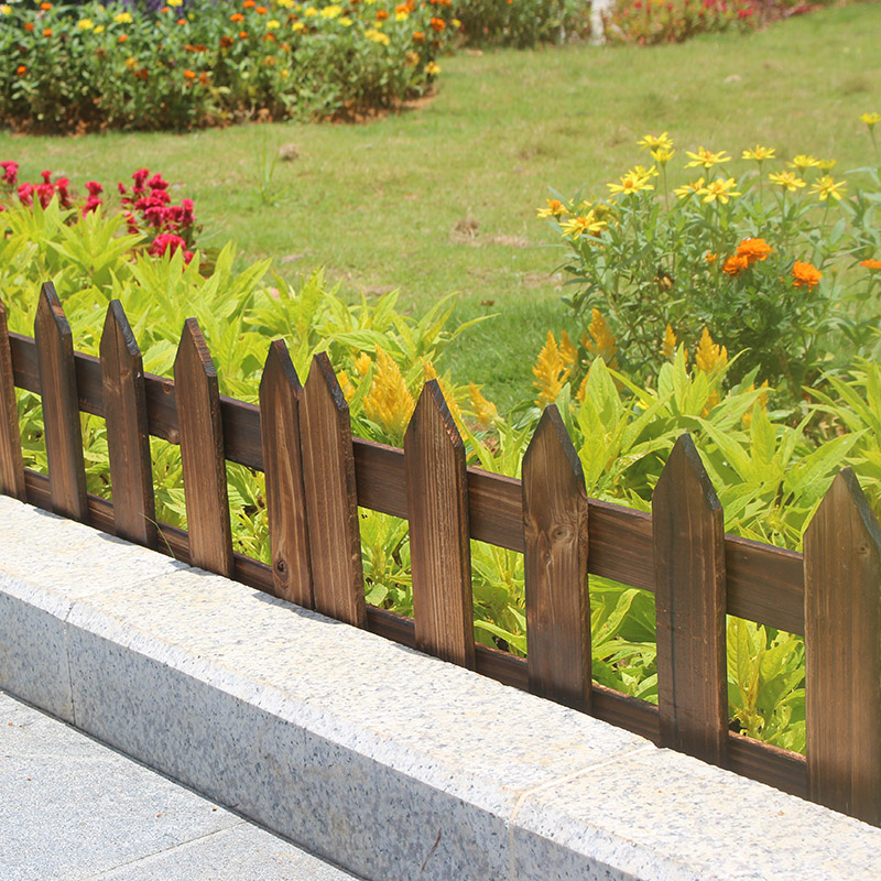 Garden Carbide Wood Fence Solid Wood Fence Flower Bed Wooden Fence