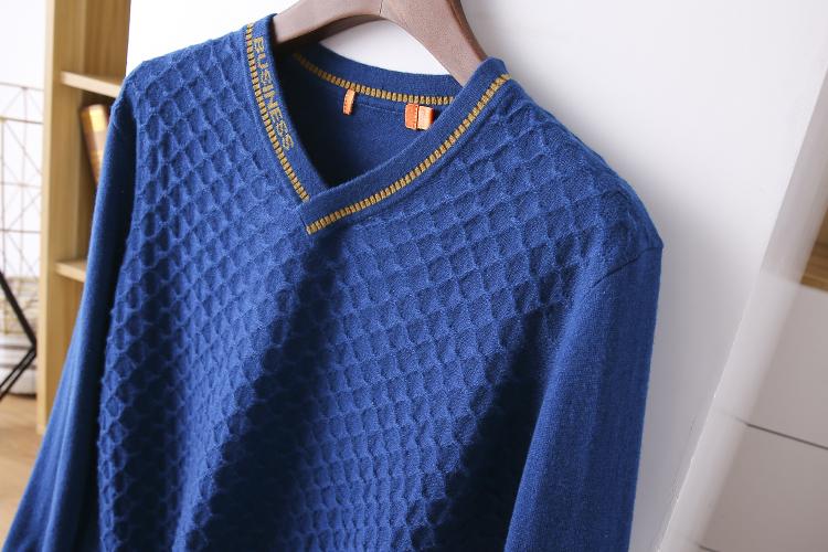 Thin sweater autumn chicken heart collar sweater new 2020 burst men's cut inside the men's bottom shirt V-neck top 54 Online shopping Bangladesh