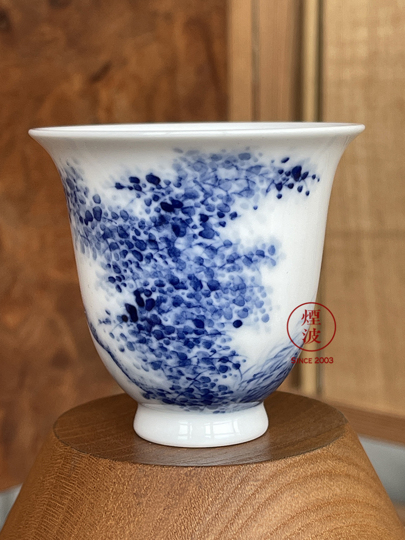 Jingdezhen nine calcinations hand - made blue - and - white porcelain hand landscape beauty fishing cup tea cups
