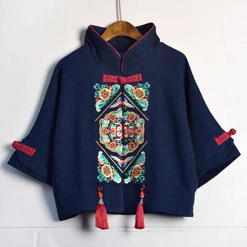 [1659] Nafu Baihu classic Chinese Style Embroidered top with 3 / 4 sleeves