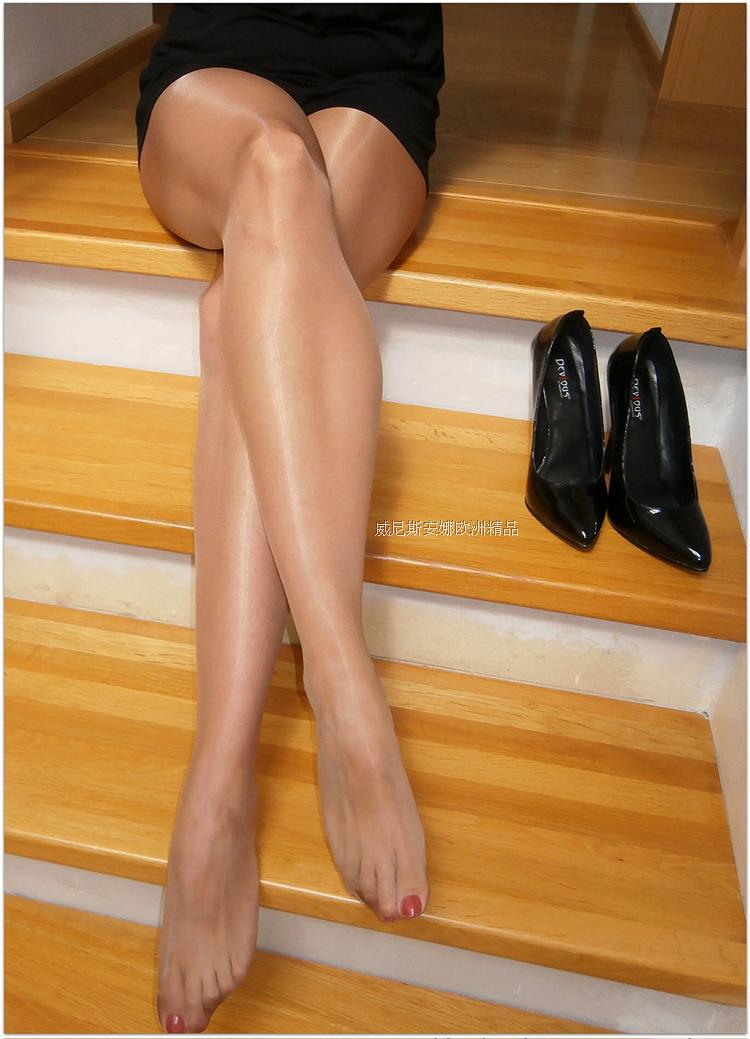 d056f09381b ... European imports Spain Platino stockings cleancut15D oil bright no  waist slim thin cut pantyhose